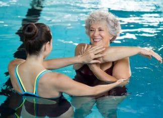 Плавание под контролем врача