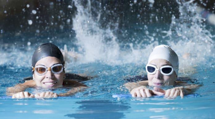 плавание с доской